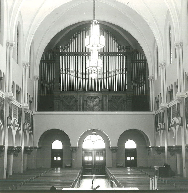 Our Lady of good Counsel, Mankato, Minnesota chapel and organ.