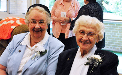 Sisters Marie DeLourdes Larente and Marie Estelle Kuczynski celebrate their 60-year Jubilees.