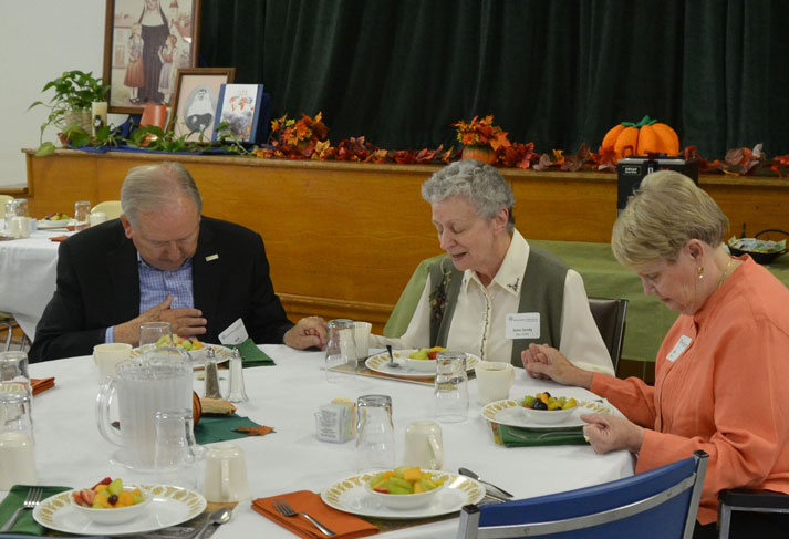 Sister Sandy Bay prays with donors at the Mass of Appreciation at Sancta Maria in Ripa in St. Louis