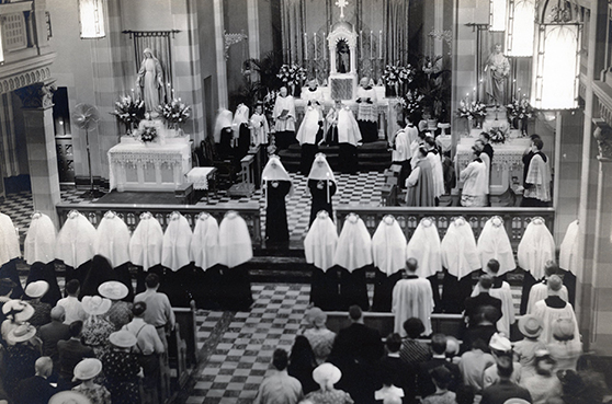 The mass of first profession in St. Louis in 1941.