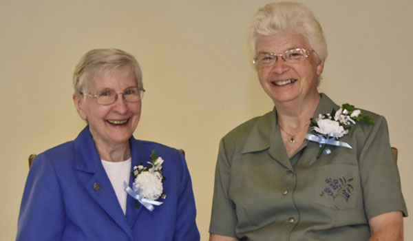 Sisters Rose Mary Snaza and Sue Von Bank, 60-year Jubilarians, celebrate Jubilee at OLGC.